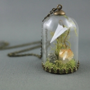 moss_terrarium_necklace_origami_paper_airplane_necklace_crystal_terrarium_necklace_origami_jewelry_pyrite_citrine_necklace_3
